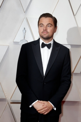 Leonardo DiCaprio poses on the red carpet during the Oscars arrivals at the 92nd Academy Awards in Hollywood, Los Angeles, California, U.S., February 9, 2020. REUTERS/Eric Gaillard